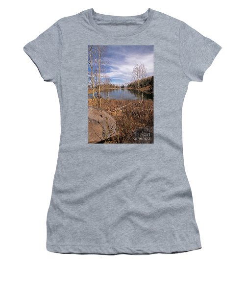 Gates Lake Ut Women's T-Shirt (Athletic Fit)