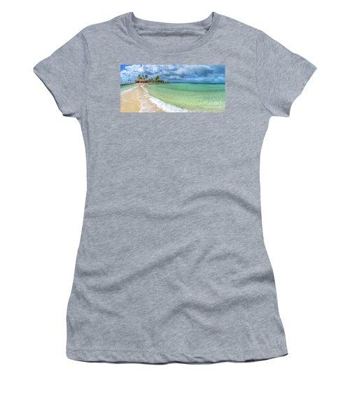 Goff's Caye Belize Pano Women's T-Shirt