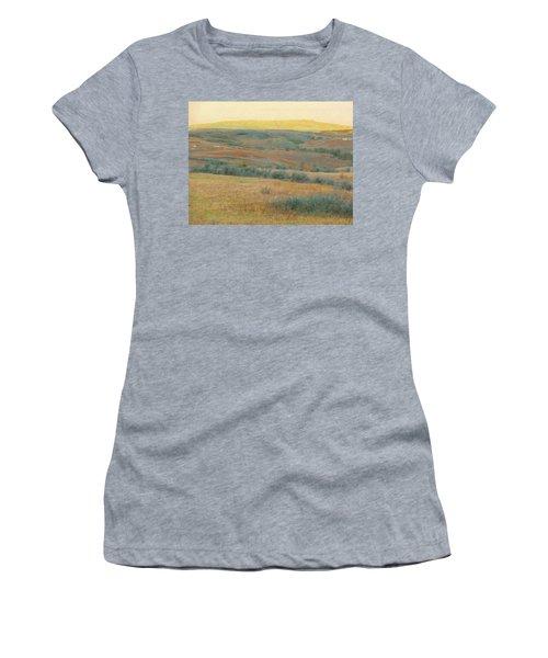 Golden Dakota Horizon Dream Women's T-Shirt