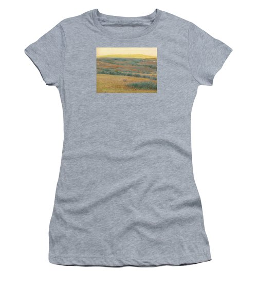 Golden Dakota Horizon Dream Women's T-Shirt