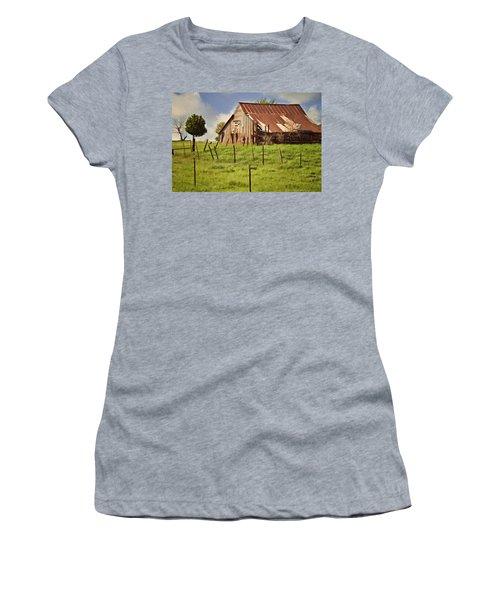 Green Pastures Women's T-Shirt (Junior Cut)