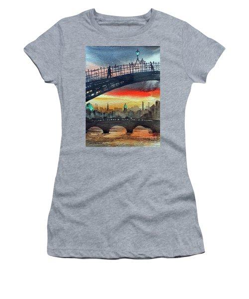 Hapenny Bridge Sunset, Dublin...27apr18 Women's T-Shirt