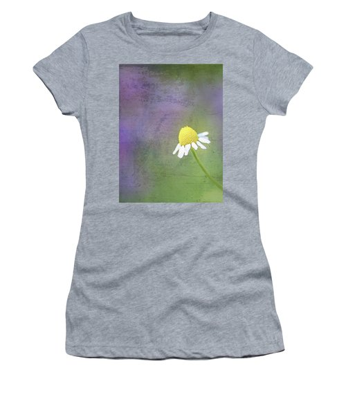 He Loves Me Women's T-Shirt