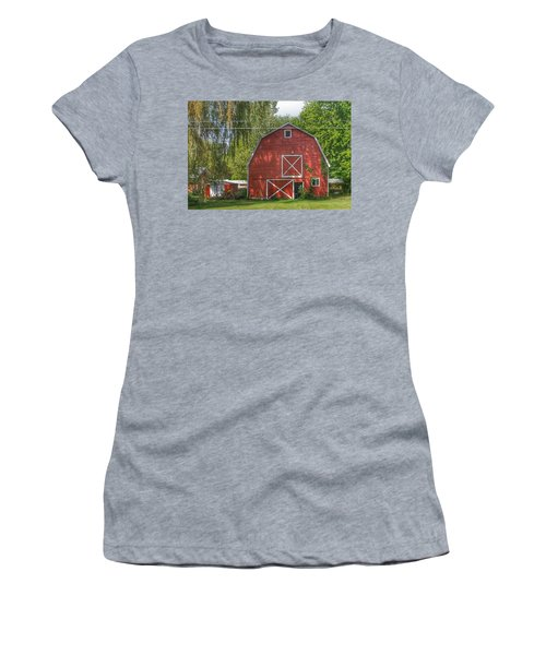 0018 - Henderson Road Red I Women's T-Shirt