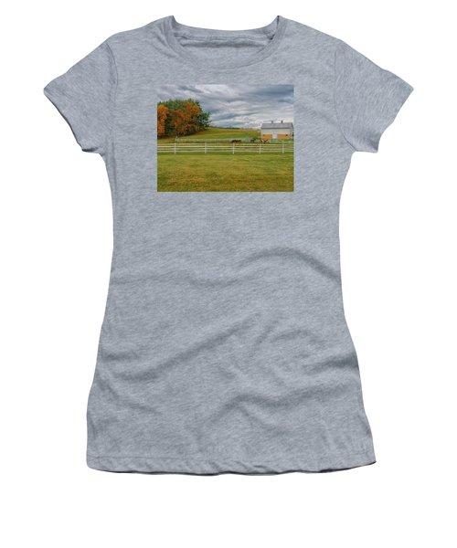 Horse Barn In Ohio  Women's T-Shirt