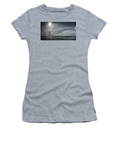 Island Panorama Women's T-Shirt