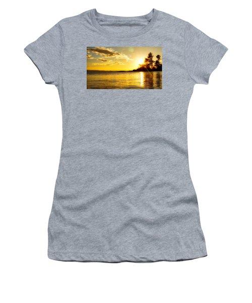 Island Sunset Women's T-Shirt