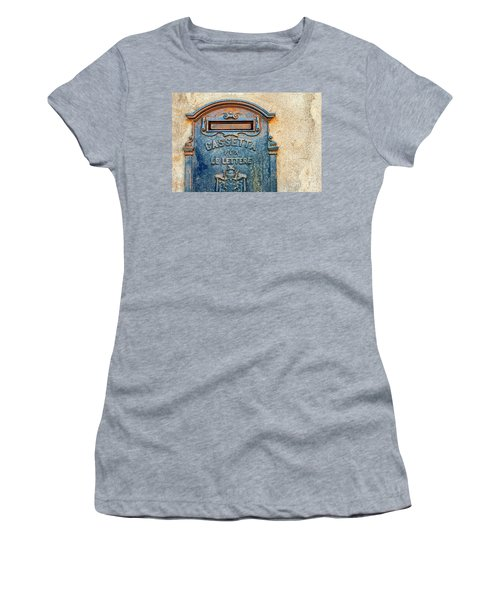 Italian Mailbox Women's T-Shirt (Athletic Fit)