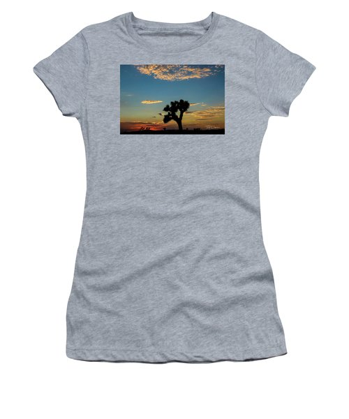 Joshua Sunset Women's T-Shirt