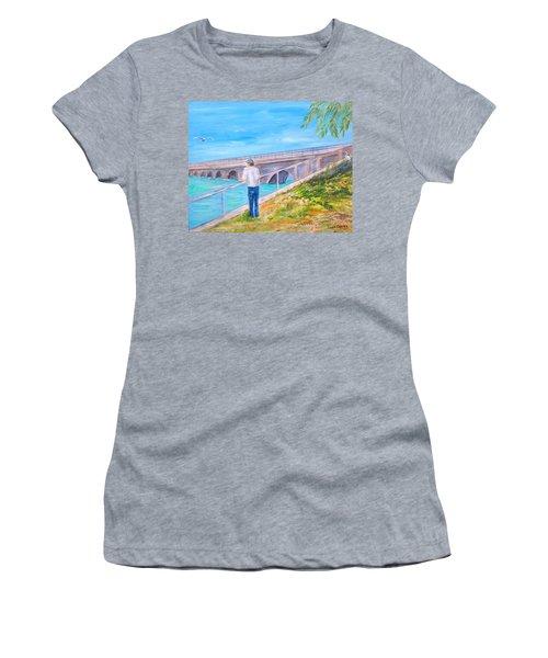 Keys Fishin' Women's T-Shirt (Athletic Fit)