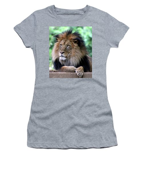 The King's Portrait Women's T-Shirt (Athletic Fit)