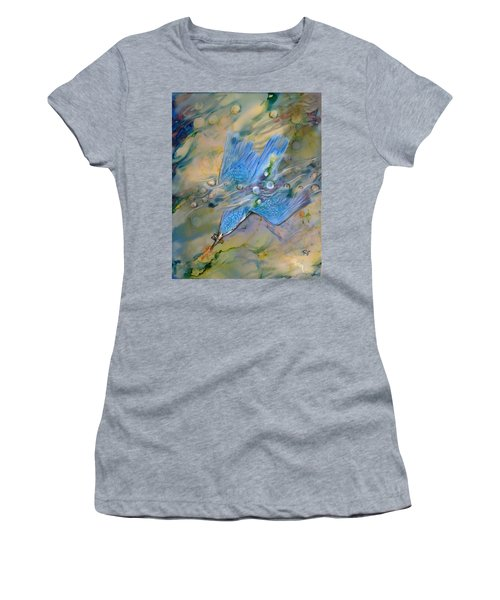 Women's T-Shirt featuring the painting Kingfisher Dive by Ryn Shell
