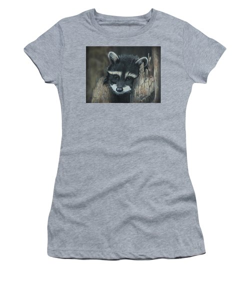 Kit...the Baby Raccoon Women's T-Shirt (Athletic Fit)
