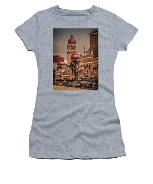 Kuala Lumpur, Malaysia - Red Onion Domes Women's T-Shirt