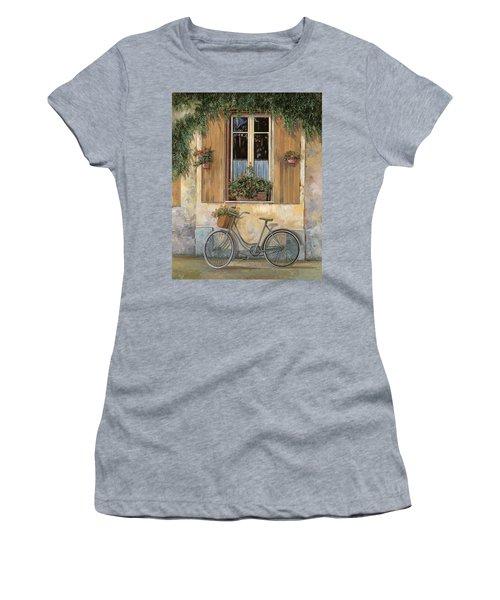 La Bici Women's T-Shirt