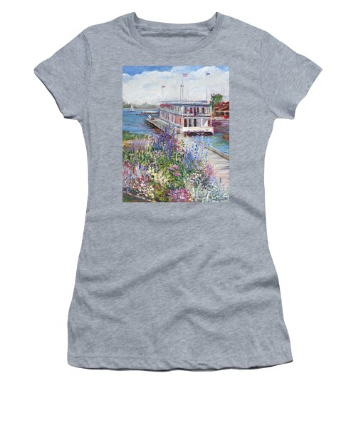 La Duchesse Women's T-Shirt