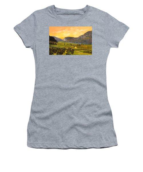La Vigna Sul Fiume Women's T-Shirt