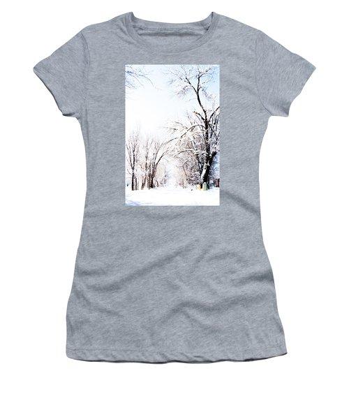 Landscape Taos Nm J10u Women's T-Shirt