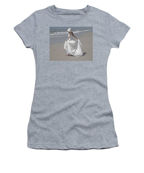 Learning To Fly Women's T-Shirt