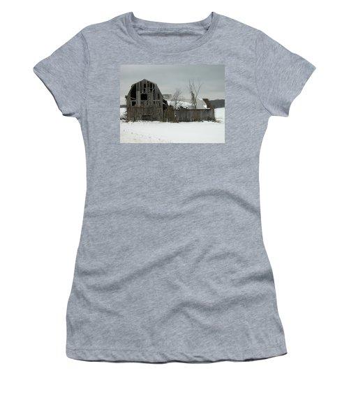 Letchworth Barn 0077b Women's T-Shirt