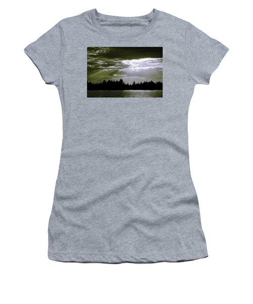 Light Blast In Evening Women's T-Shirt