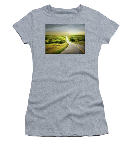 Little Valley Women's T-Shirt (Athletic Fit)