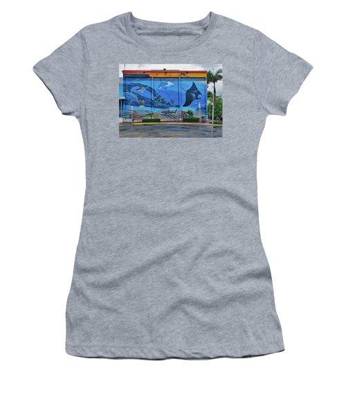 Living Reef Mural Women's T-Shirt