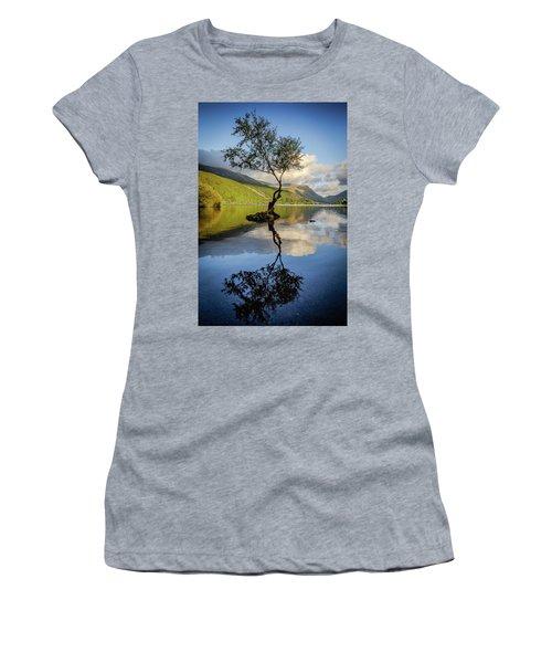 Lone Tree, Llyn Padarn Women's T-Shirt