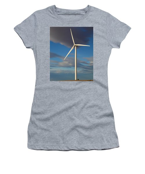 Lone Turbine Women's T-Shirt