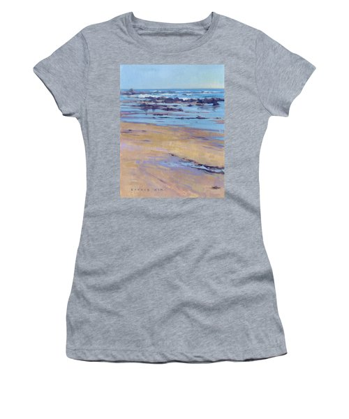 Low Tide / Crystal Cove Women's T-Shirt (Athletic Fit)