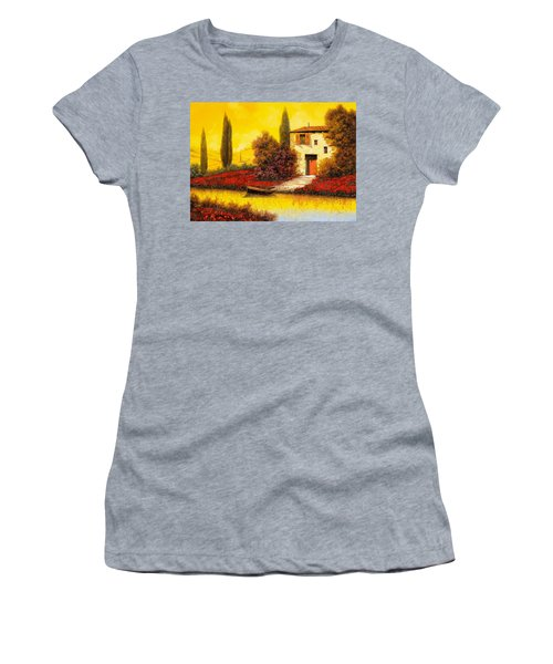 Lungo Il Fiume Tra I Papaveri Women's T-Shirt