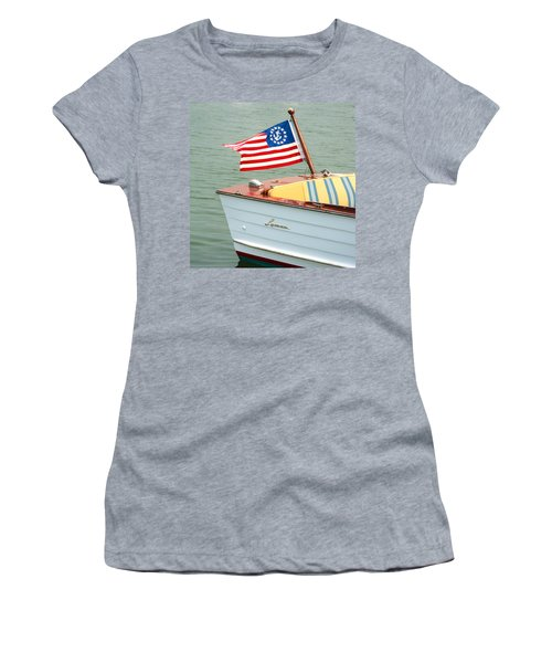 Vintage Mahogany Lyman Runabout Boat With Navy Flag Women's T-Shirt