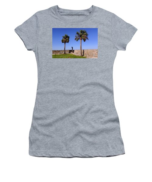 Man With A Hat On The Wall With Palm Trees In Saint Augustine Fl Women's T-Shirt