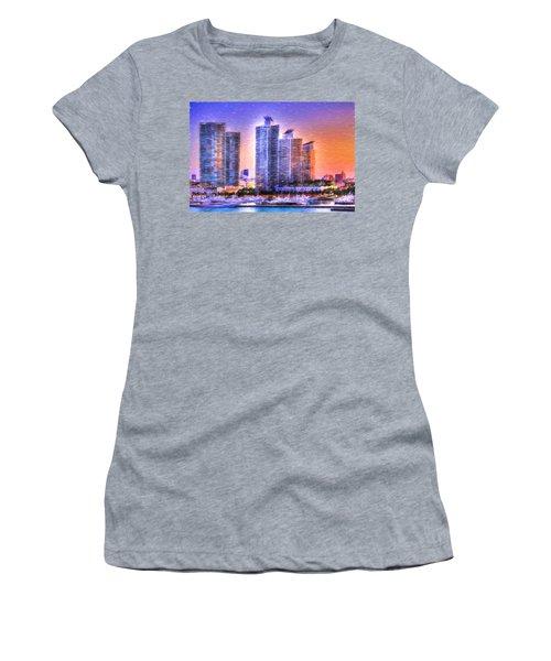 Miami Skyline Sunrise Women's T-Shirt