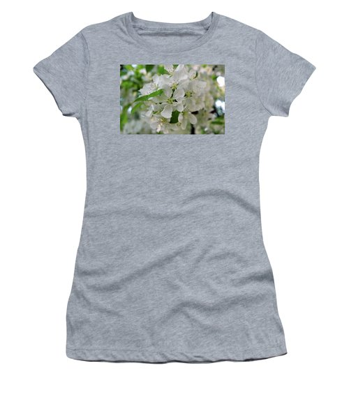 Women's T-Shirt (Junior Cut) featuring the photograph Michigan State Flower by LeeAnn McLaneGoetz McLaneGoetzStudioLLCcom