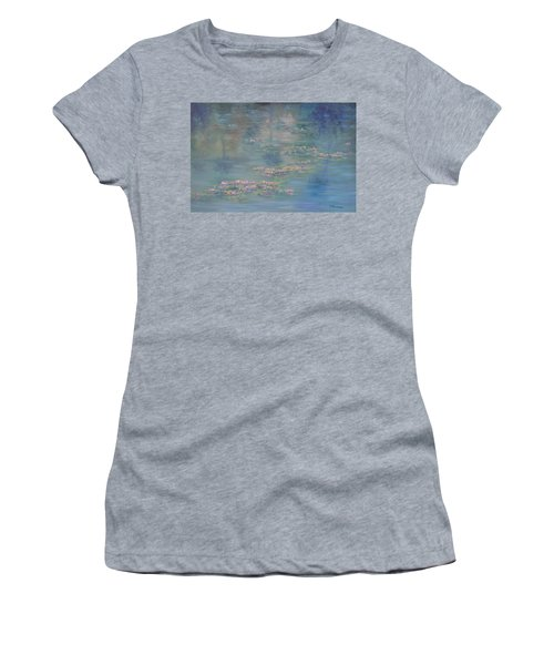 Monet Style Water Lily Peaceful Tropical Garden Painting Print Women's T-Shirt