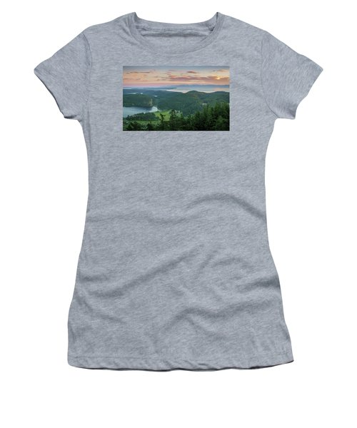 Mount Erie Viewpoint Women's T-Shirt (Junior Cut)