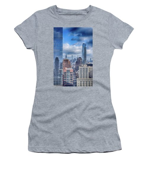 New York Cityscape Women's T-Shirt (Athletic Fit)