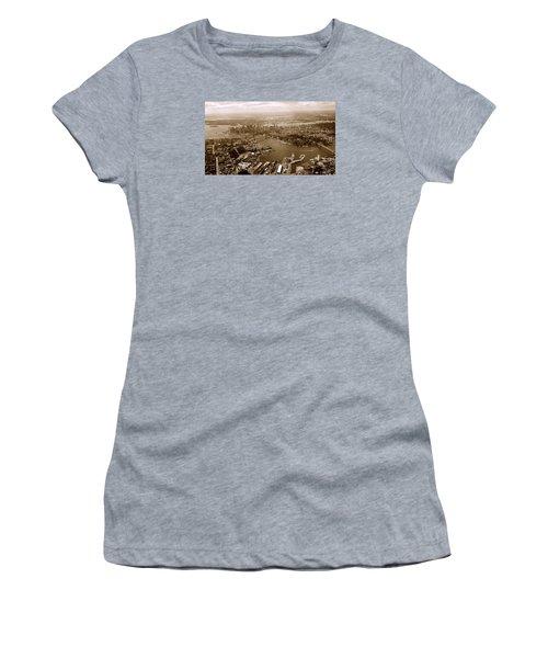 New York Skyline Women's T-Shirt (Junior Cut) by Chris Fraser