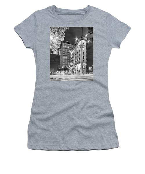 Night Photograph Of The Flatiron Or Saunders Triangle Building - Downtown Fort Worth - Texas Women's T-Shirt
