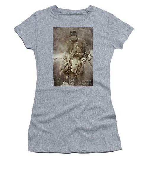 Nom-de-guerre Women's T-Shirt (Athletic Fit)
