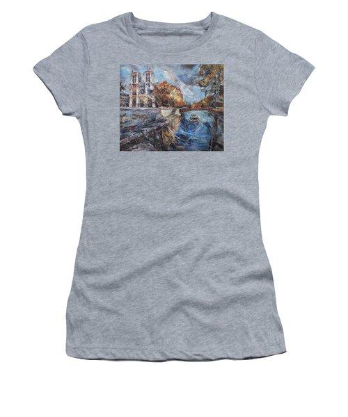 Notre-dame De Paris Women's T-Shirt