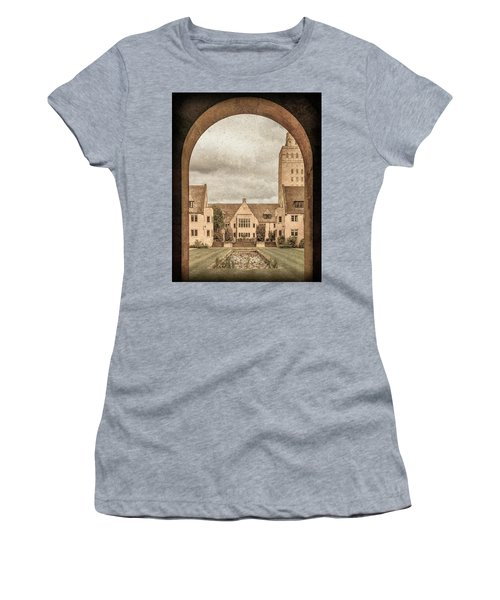 Oxford, England - Nuffield College Women's T-Shirt
