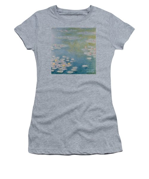 Nympheas At Giverny Women's T-Shirt