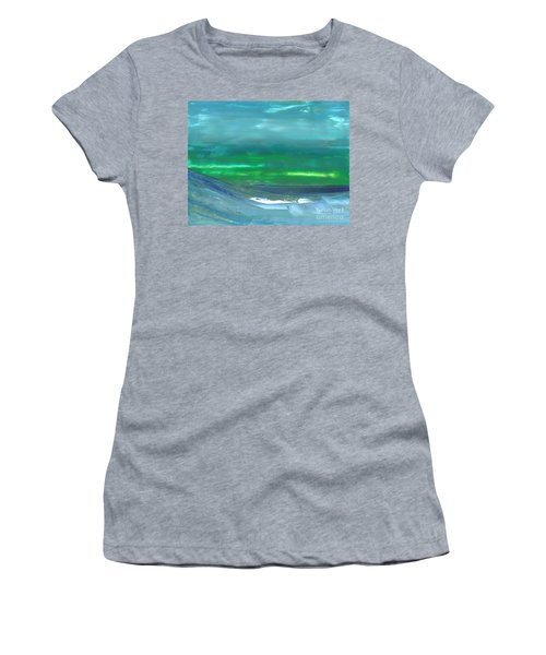 Ocean Swell Women's T-Shirt (Athletic Fit)