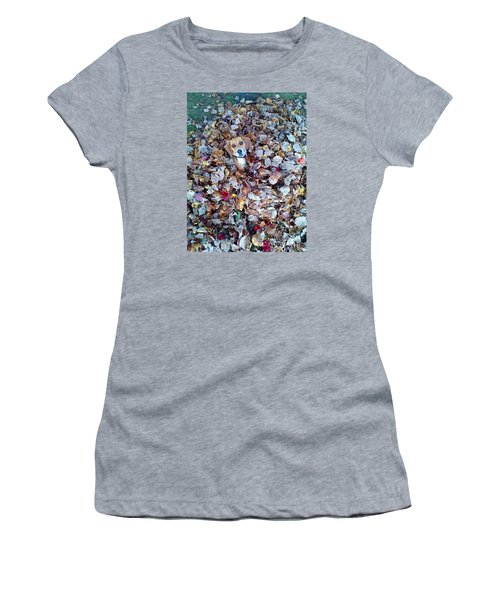 Oh How I Just Love Fall Women's T-Shirt (Athletic Fit)