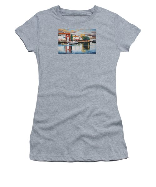 Oil Msc 019 Women's T-Shirt (Athletic Fit)