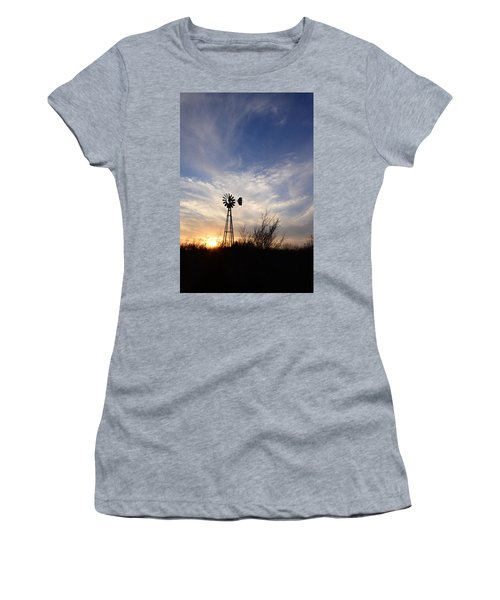 Oklahoma Skies Women's T-Shirt (Athletic Fit)