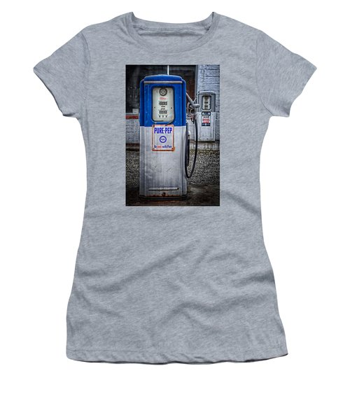 Old And Rusty  Pump  Women's T-Shirt