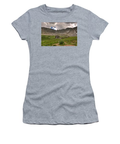 Old Cabin Women's T-Shirt (Athletic Fit)